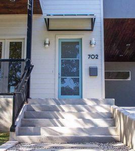 702 Upson Ave