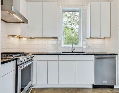 custom kitchen square tile