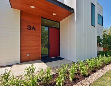 2010-Goodrich-Ave-print-005-20-Exterior-Front-005-4200x2803-300dpi.jpg