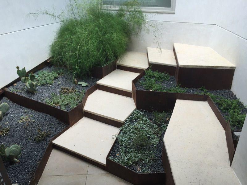 El Jardin 3.jpg