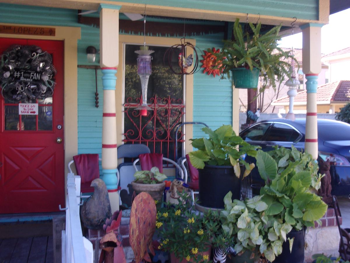 brick side walk porch.jpg