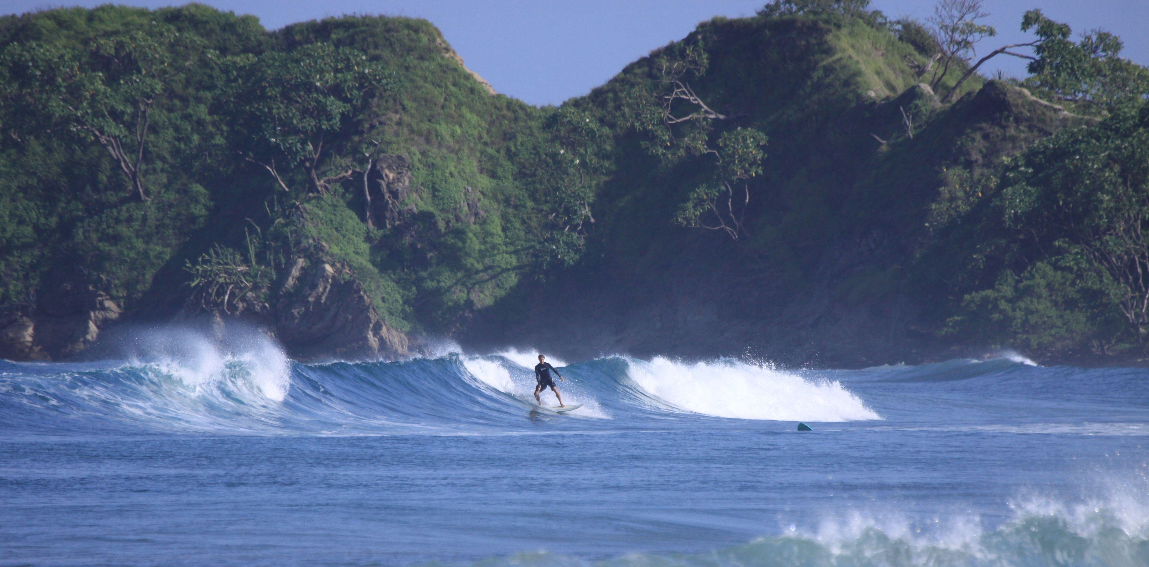 Surfing_Nosara-20.jpg