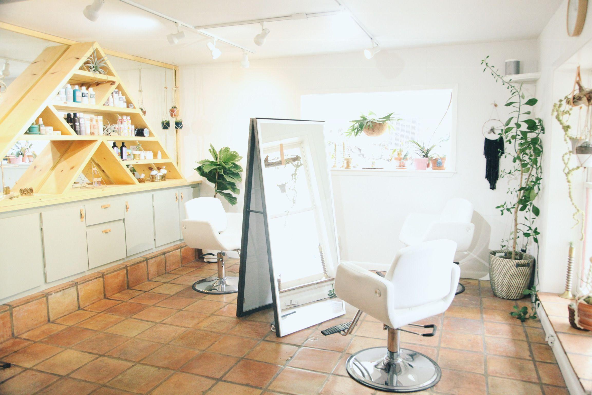 Wander Salon