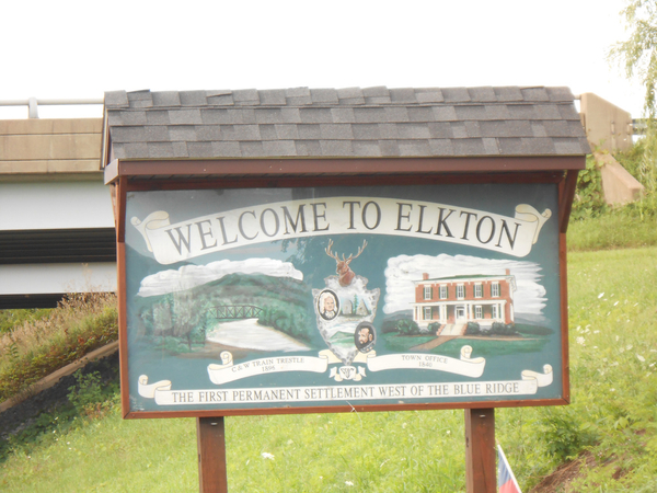 welcome to elkton.jpg