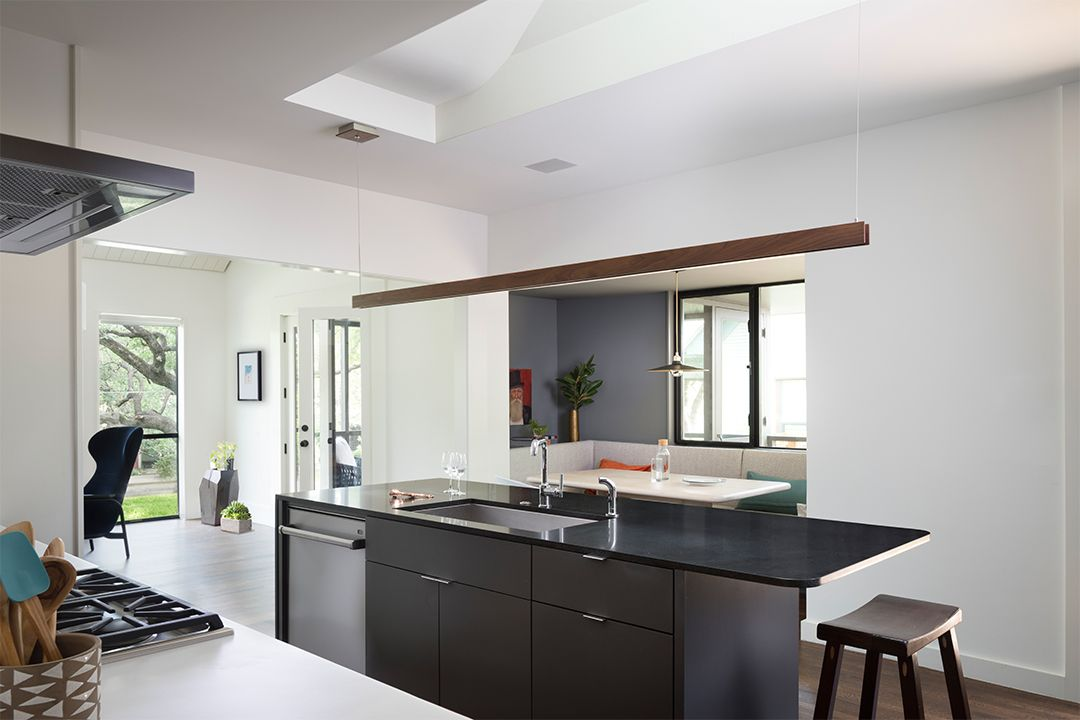 Kitchen-to-Living-Rm.jpg