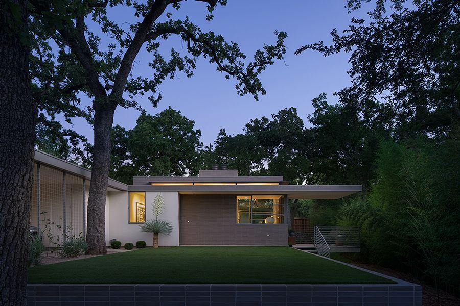 Ultra Modern Home Design in Austin, Texas