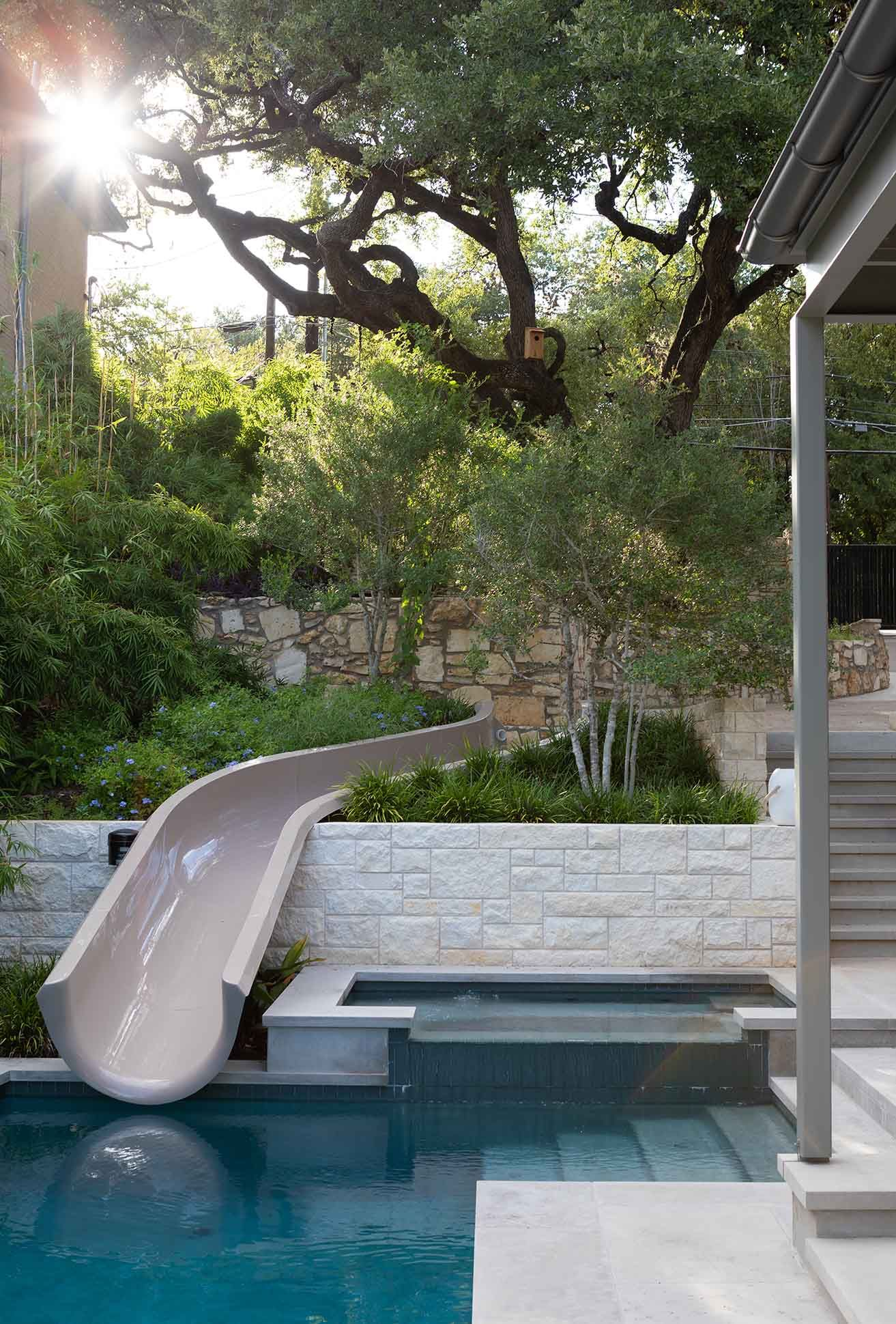 Backyard Pool and Garden Architect in Austin, TX