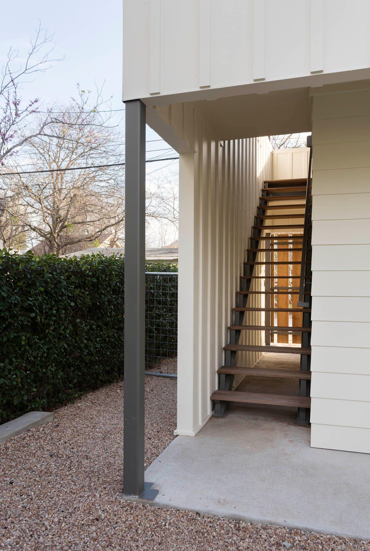Austin TX Modern Garage Architecture