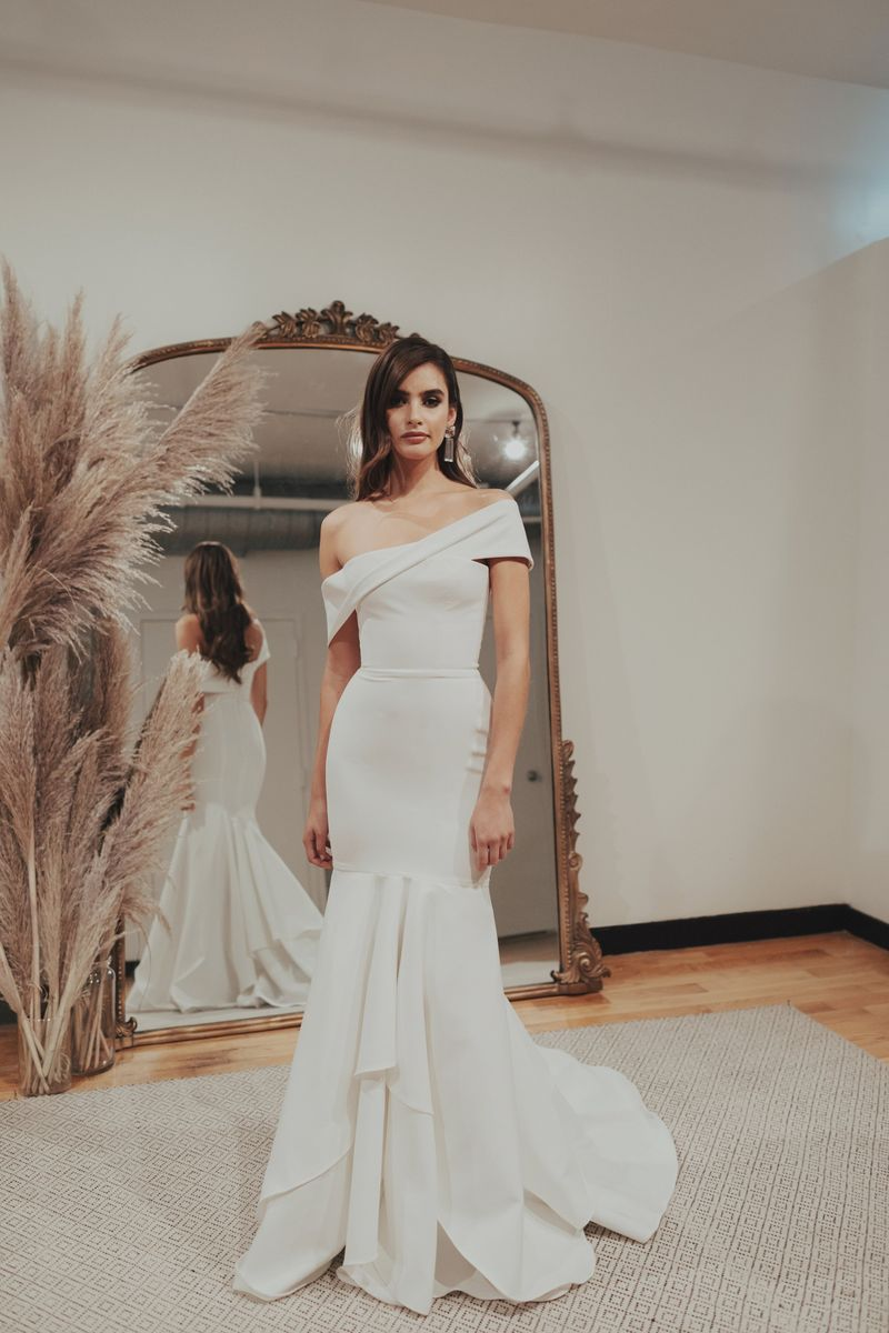 20ecf29e753d6 Wedding dresses in Austin, Texas - Blue Bridal Boutique of Austin