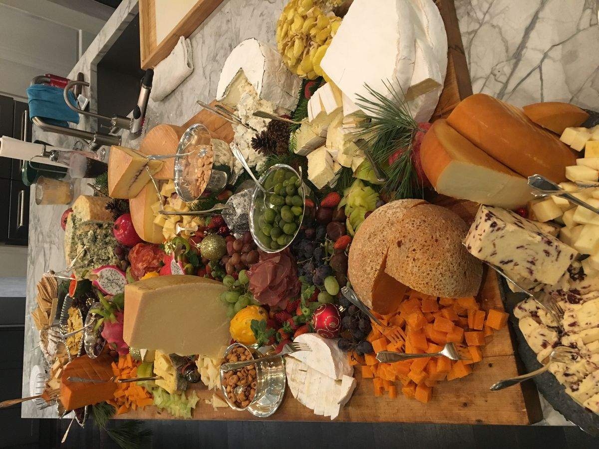 Artisan cheese board for 100 people