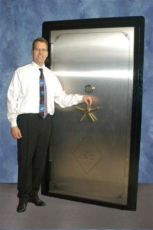Vault_Door_060203SM_1049_Websize.jpg