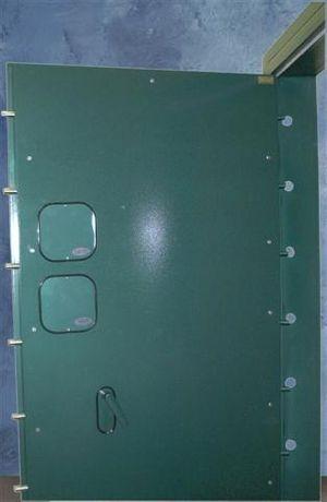 Vault_Door_inside_handle_Websize.jpg
