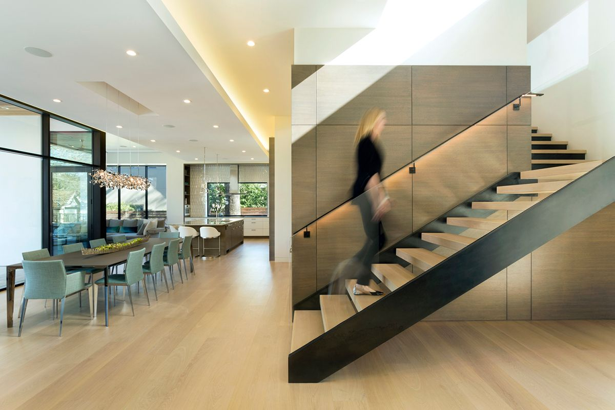 3_Rivercrest_Dining and Stairs.jpg