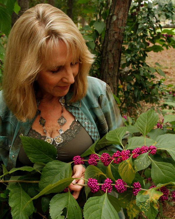 Beautyberries_MG_9356.jpg