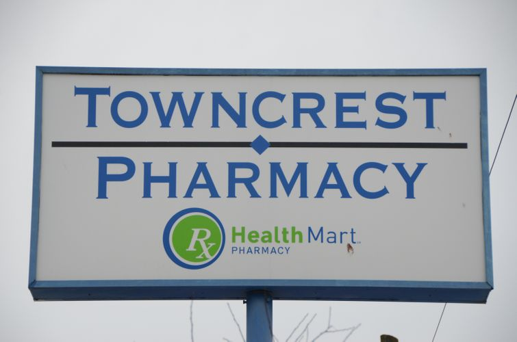 Towncrest_Pharmacy_09.JPG