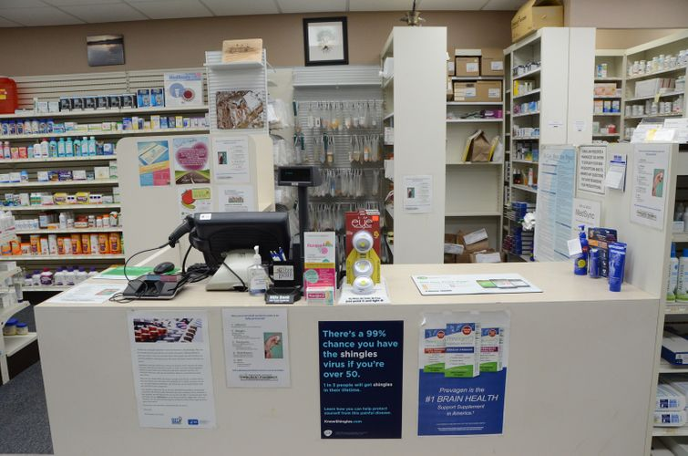 Towncrest_Pharmacy_05.JPG