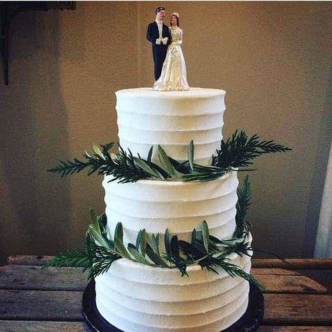 Mandolas Wedding Cake