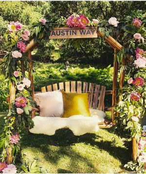 Wedding flowers arbor and signage