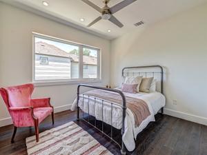 78704-panacea-home-guest-bedroom-staging.jpg