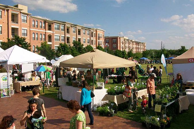 SFC-Farmers-Market-at-the-Triangle_BLOG.jpg