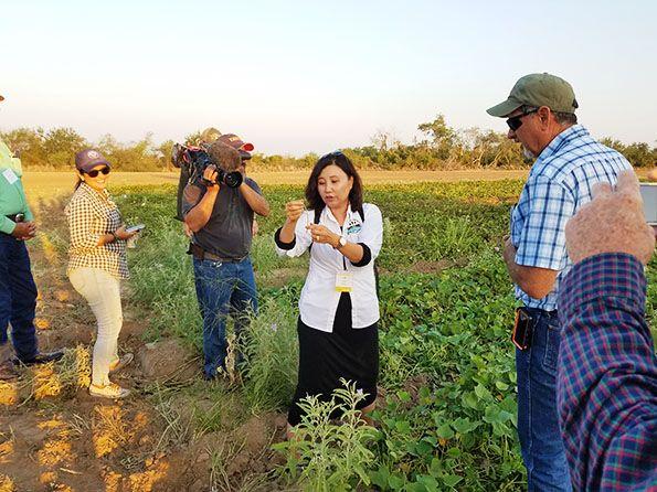 hispanic-farmer-conference-farm-tour_WEBSITE.jpg