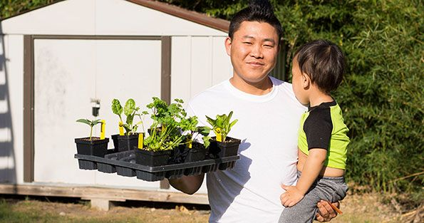 2018-03-21_Spread-the-Harvest-Dad-With-Plants_WEBSITE.jpg
