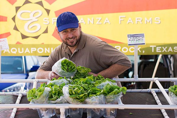 2018-01-06_Esperanza-Farms-Vendor_IMG-02_WEBSITE-SLIDER.jpg