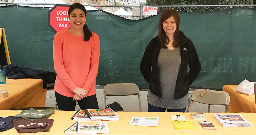 Junior-League-Info-Booth-Volunteers_WEBSITE.jpg