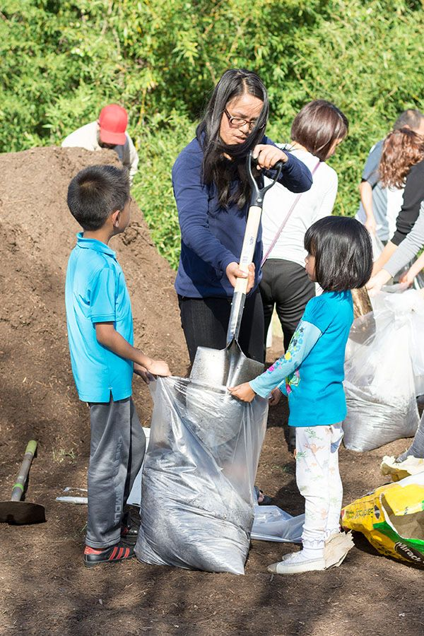 March 2018 STH Mom and Kids Collecting Compost