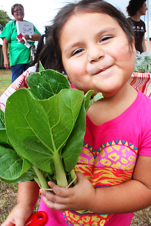 little-girl-with-bok-choy2_450px.jpg