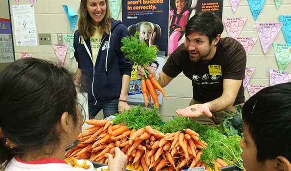 farm-to-school-veggie-sampling-with-Evan_NEWSLETTER.jpg