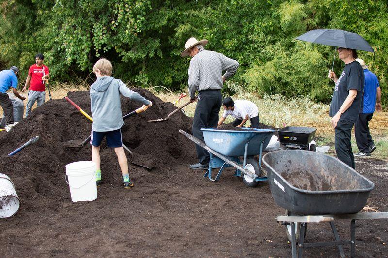 2019-09-19 Compost Pile IMG-01 WEB.jpg