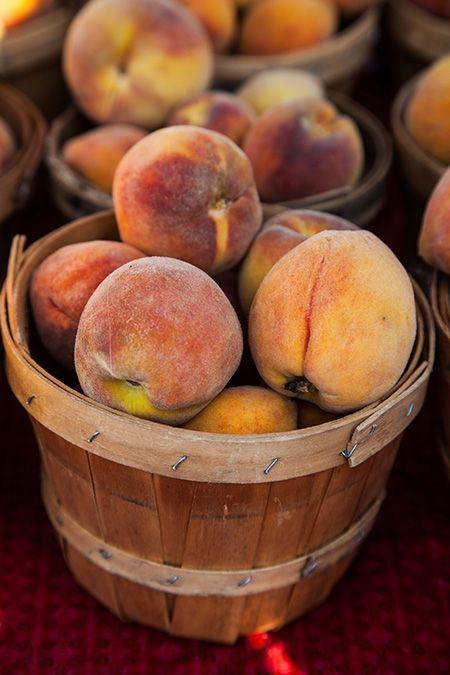 peaches_closeup_450px.jpg
