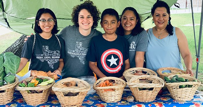Volunteers at Farm Stand