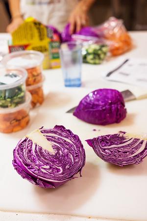 cut_purple_cabbage_450px.jpg