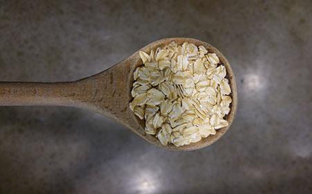 oats-in-spoon_450-for-web.jpg