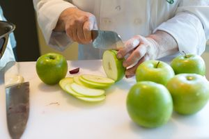 apple_slicing_450px.jpg