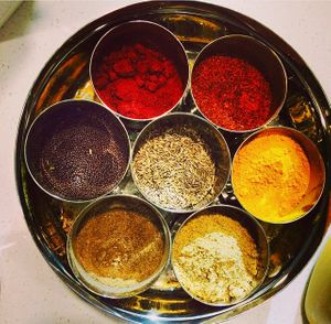 Spices-In-Tins_WEB.jpg