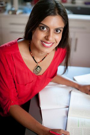 Shefaly-Ravula-Headshot_400px-for-web.jpg
