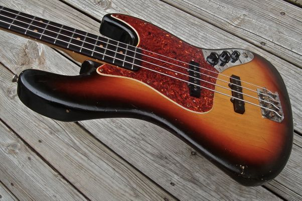 Sunburst bass