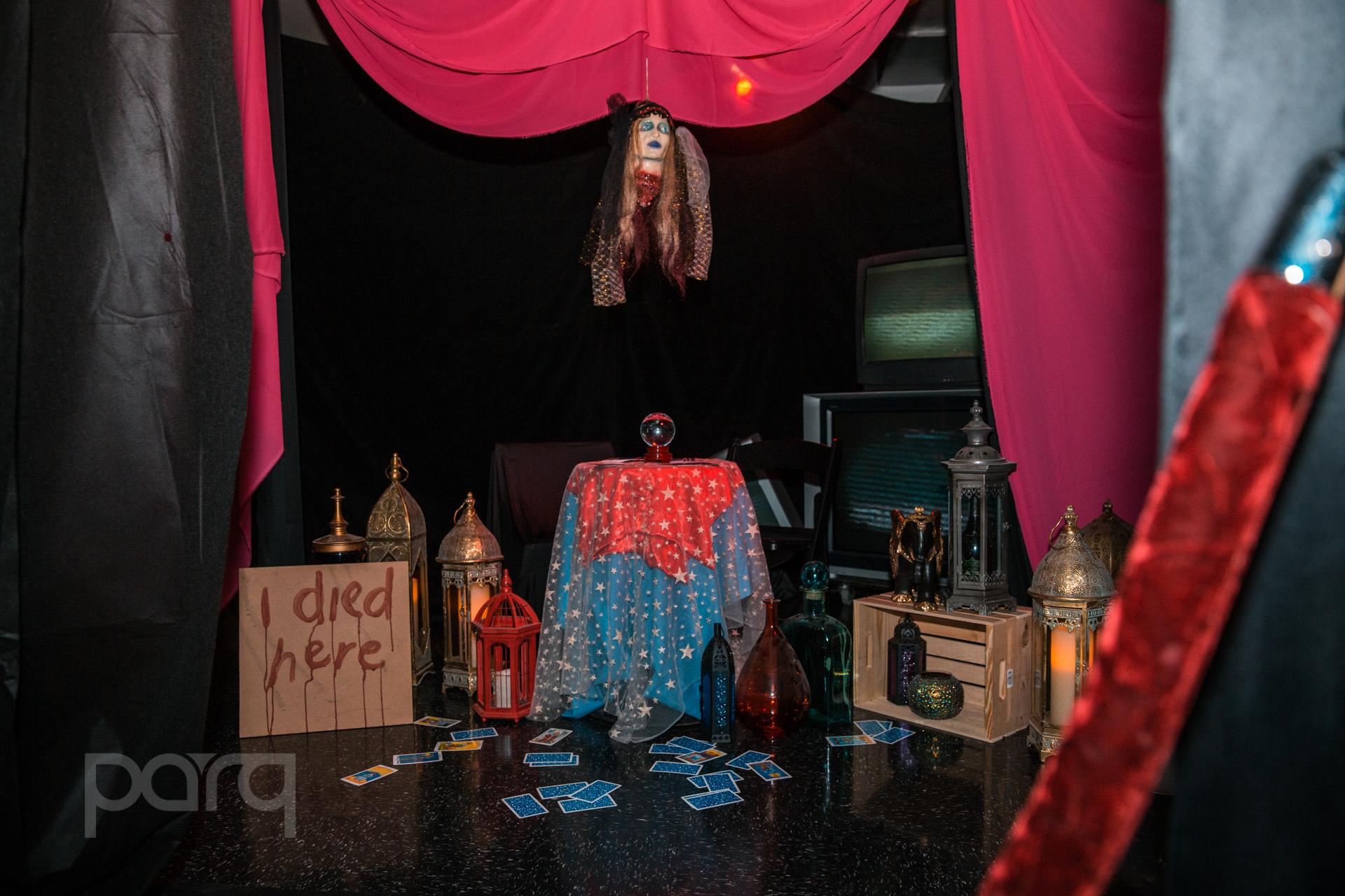 10.28.17 Parq - Haunted Circus-14.jpg