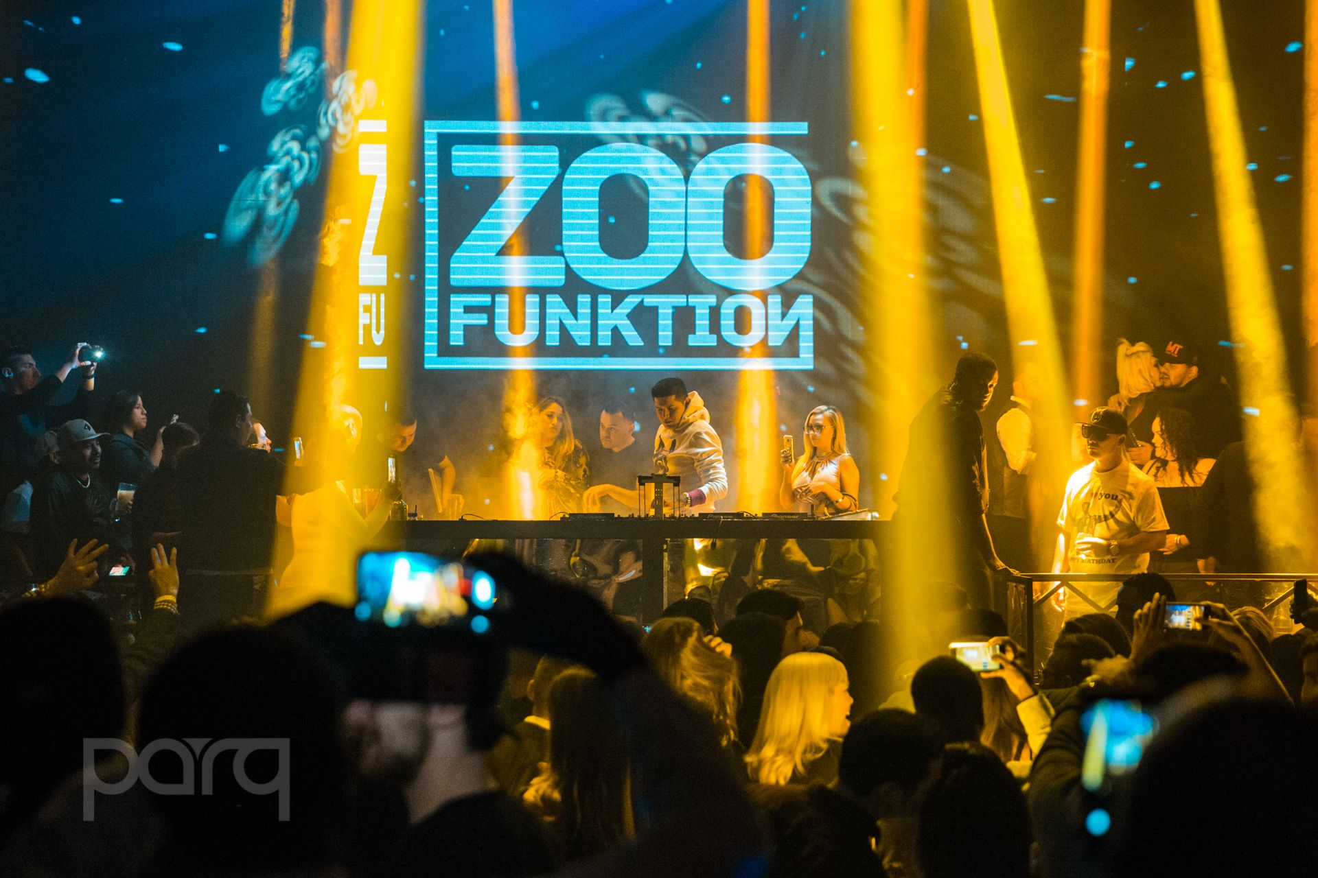 12.16.17 Parq - Zoo Funktion-1.jpg