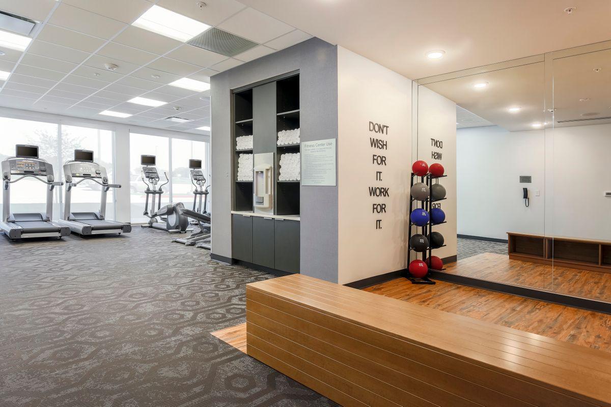 FFI-DFWCA-fitness-center_3758-72 (1).jpg