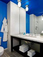 who1433gb-117278-Guest Bathroom.jpg