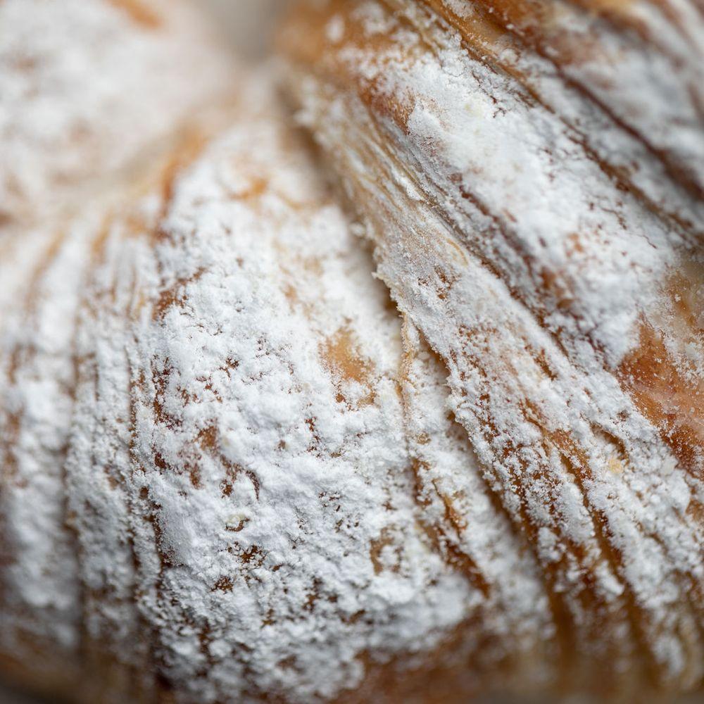PastryRaspberryCloseIn2.jpg