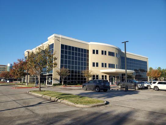 251 W Medical Ctr Blvd (1).jpg
