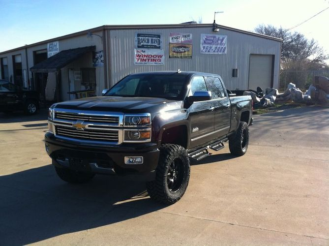 Custom Truck Accessories Store in Austin, Texas