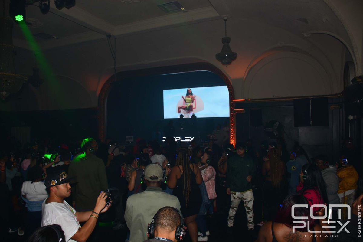 Complex_Silent Party_020120-3.jpg