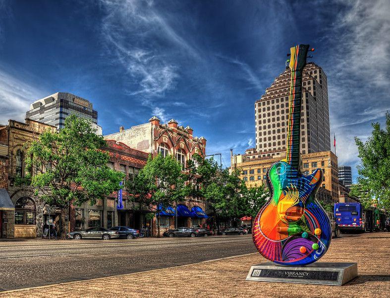 Austin-Vibrance-GuitarShiftN-L.jpg