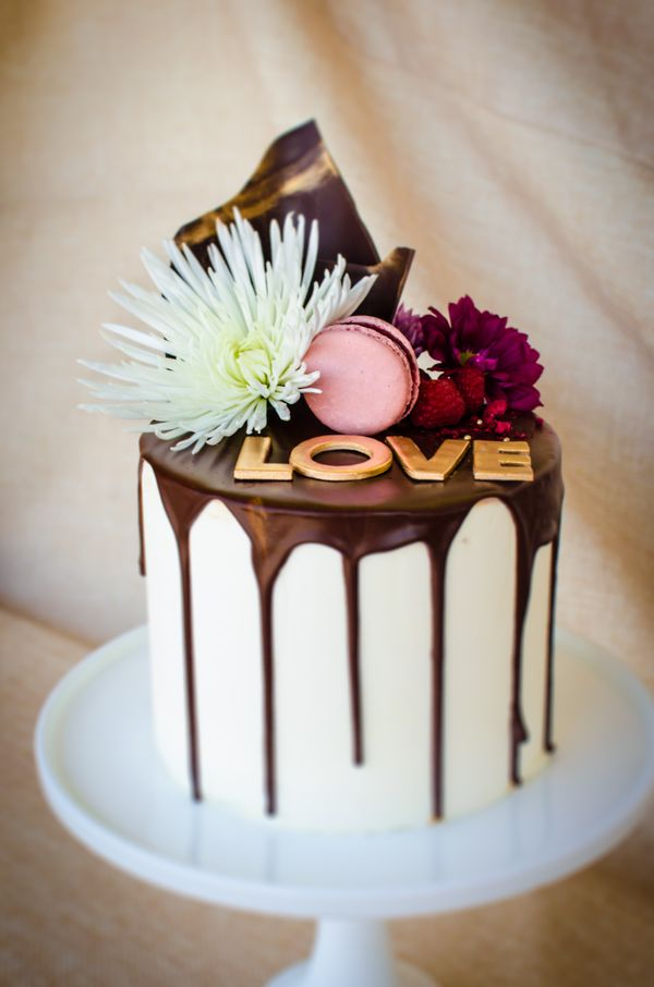 austin custom cakes